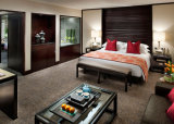 Bed van de Slaapkamer van het Hotel van de Okkernoot van de V.S. het Houten