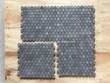중국 회색과 까만 현무암 돌 모자이크 패턴