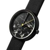 Het speciale het Ontwerpen Horloge van de Manier van het Roestvrij staal met Marmeren Wijzerplaat Bg293