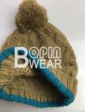 Senhoras Cabo e Torça Knit Beanie Hat com fios grandes POM