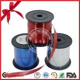 La alta calidad de los varios colores de cinta de raso para la fiesta