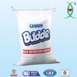 Poudre de lavage solide avec du percarbonate de sodium