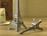 De Decoratie van de Lijst van de Kunst van de Vertoning van de Ambachten van de Kunst van de Toren van Eiffel van het staal