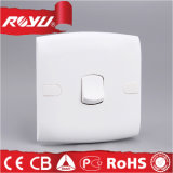 Interruttore elettrico, serie bianca di E un interruttore elettrico unidirezionale del gruppo