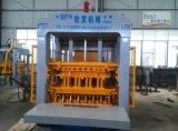 기계, 기계를 형성하는 장비 구획을 형성하는 시멘트 벽돌을 만드는 콘크리트 블록