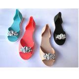 Praia Elegante Ladies PVC Jelly Shoes Mulher Sandália com strass