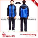 Imperméable non remplaçable promotionnel de vente chaud réglé avec des chemises