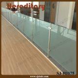 Vidrio de acero inoxidable poste de cerca por las escaleras Baranda de vidrio (SJ-H5064)