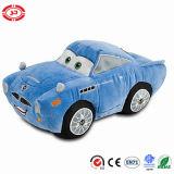 Формы участвуя в гонке автомобиля пожара игрушка плюша сердитой красной мягкая