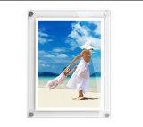 Mini marcos de acrílico curvados de la foto del plexiglás claro