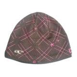 オレンジ縞(JRK158)が付いている方法によって編まれる帽子