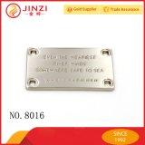 Placa de etiqueta de liga de zinco com furos de costura