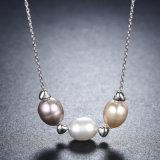 新しいコレクションの本物の925純銀製の宝石類の淡水の真珠のネックレス