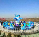 Parque de atracciones de agua Paseos Paseos en familia Juego de rotación del plano de control de auto paseos de Tiburón