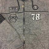 Boy Fleece fait des vêtements avec PU dans les vêtements pour enfants Sq-6310