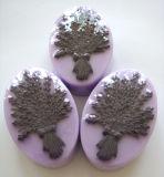 De natuurlijke Met de hand gemaakte Zeep van de Lavendel voor het Baden