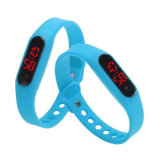 Женщин и мужчин - ультратонкие резиновые спортивный браслет дата индикатор цифровой запястья смотреть