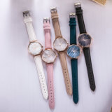 Lady Montre bracelet en cuir ODM OEM Wholesale Fashion Watch (Wy-113D)