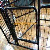 標準的な電流を通された屋外犬の犬小屋か安い犬の塀または犬小屋の工場