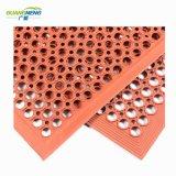 Poreuses perméables de tapis en caoutchouc de racloir en caoutchouc