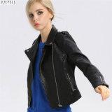 Куртка типа конструкции способа женщин тонкое европейского и американского кожи способа весны новая новая