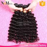 Tessuto naturale brasiliano dei capelli ricci della fabbrica del Brown dei capelli dell'arricciatura all'ingrosso poco costosa di spirale