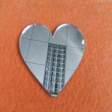Feuille en plastique du panneau PMMA de miroir de découpage de forme de coeur
