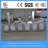 Alimento contínuo automático dos petiscos que frita a máquina