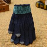 Man Levering voor doorverkoop van de Vinger van de Handschoenen van de Winter Warme Gebreide Volledige