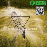 La Chine tape à ferme la machine centrale de système d'irrigation de pivot avec l'arroseuse