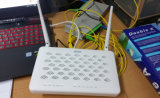 4ge + WiFi+USB nuevo Zte Ftto FTTH Gpon ONU Zxhn F600W