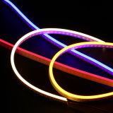 La corda della flessione illumina il LED che l'indicatore luminoso di striscia al neon flessibile per decora