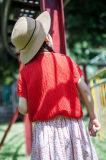 O algodão 100% Tornou ôco-para fora o t-shirt das meninas para o verão