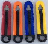 Utilização segura da Faca do Cortador Utilitário retrácteis Auto & Cortador de Caixa