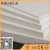 Película de PVC de grano de madera se enfrentan a pegar Celuka PVC Panel de espuma para el lavado armarios de sala
