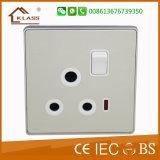 заряжатель USB гнезда стены USB 13A электрической переключенный силой