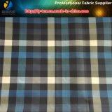ポリエステルあや織りのウインドブレイカーまたは衣服のためのヤーンによって染められる小切手ファブリック