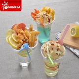 Wegwerfimbiss-Getränk-Cup mit Stroh