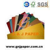 70 gramos de papel de impresión en color para la revista y la producción de libros