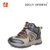 Zapatos que van de excursión al aire libre de los niños para los muchachos y las muchachas