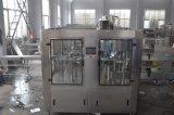 Füllmaschine für das Funken des Wassers