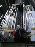 Vier Zeile kalter Ausschnitt-Shirt-Beutel, der Maschine mit Förderanlage herstellt