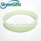 Braccialetti su ordinazione poco costosi in bianco del silicone
