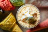 Cup-Wegwerf-pp. beschichteter kundenspezifischer Plastik höhlt Plastikkaffeetasse