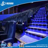 安全映画館の企業のためにゆっくり進むアルミニウム反スリップLED階段