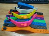 Het aangepaste Horloge van de Sport van het Silicone kleurrijke voor Bevordering
