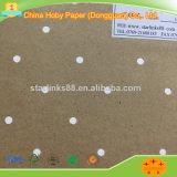 Dreieck durchlöchert perforiertes Underlayer Braunes Packpapier für Kleid-Nocken-Maschinen-Gebrauch