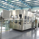 8000bph天然水のプラスチックびんのための満ちるパッキング機械