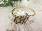 De godsdienstige Charmante Gouden Armband van de Juwelen van het Hart met de Roze Steen van het Kristal