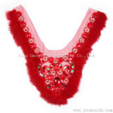 毛皮カラー綿織物の衣服のアクセサリが付いているラインストーンの赤いレース